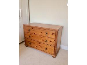 3 drawer pine chest of drawers in Winchester