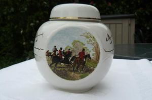 Ginger jar with equestrian decoration