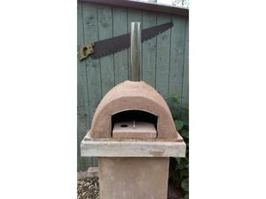 Pizza oven bread oven barbeque in Brough