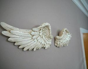 Wall Mounted White Angel Wings Ornament