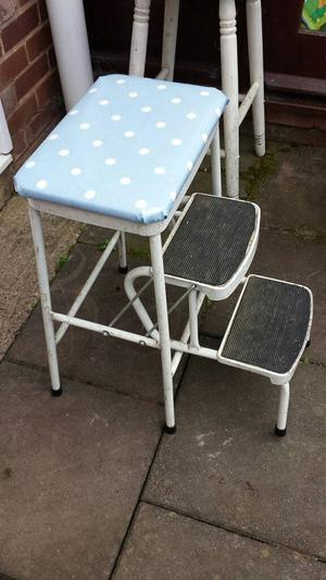 Vintage Retro Step Stool Red Posot Class