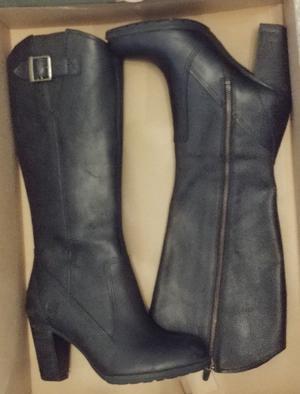 Timberland Stratham Heights Tall Womens Boot Zip Waterproof Black Opp (Size 7)