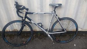 RACER CARRERA RACING BIKE==CARRERA + GT MOUNTAIN BIKES==DAWES HYBRID==SARACEN VICE BIKES FOR SALE