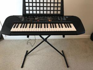 Yamaha PSR-79 Electronic Keyboard With stand