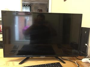 Polaroid Led TV with remote and powe cable