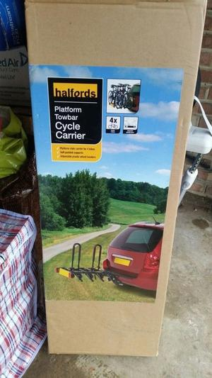 Still Sealed in Box Brand New Halfords 4 Bike Tow-bar Platform Bike Bicycle Cycle Carrier.