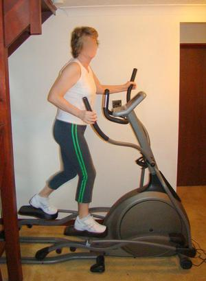 Cross Trainer - Vision Fitness X