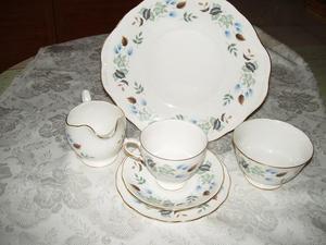 COLCLOUGH CHINA TEA SET 70's