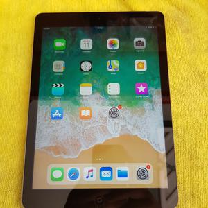 Apple iPad Air 16GB Wi-Fi & Cellular Unlocked A Grey
