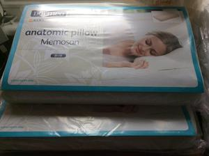 Two New Dormeo memory foam pillows, two new single duvets