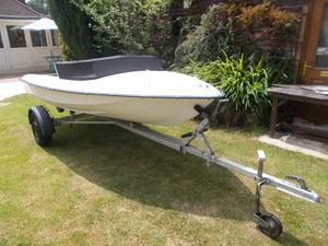12FT speed boat and Trailer