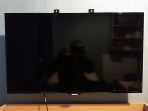 "32""SAMSUNG LED TV FREEVIEW HDMI & USB PORTS GOOD CONDITION &WORKING ORDER"
