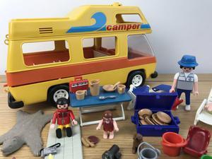 Job lot Playmobil Hotel/camper/swimming pool