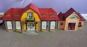 Playmobil farm set and veterinary clinic