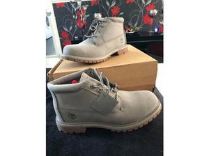Timberland chukka boots in Swansea