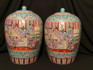 A large and beautiful pair enameled Porcelain Famille Rose