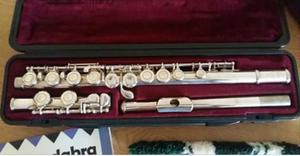 Silver plated flute witu cases and kit