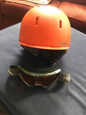 Ski/climbing Helmet and goggles.