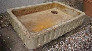 Vintage/Retro butler sink