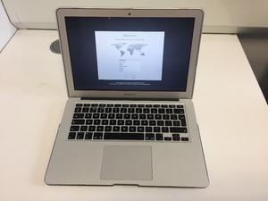 MacBook Air - 13 inches (Mid-GB RAM - Core i7 1.7 GHz Processor - 256 GB SSD