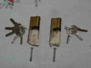PVC Door Locks & Keys