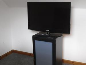 36 Inch Samsung TV with matching stand