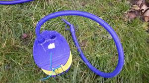 Foot pump for air inflateables