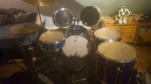 PEARL drumkit full 8 piece