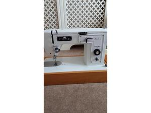 Vintage crownpoint sewing machine fully working in Eastleigh