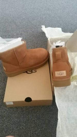 Ugg boots mini size 4 chestnut brand new in box and wrapping