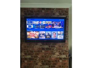 """46"""" Samsung TV in Leeds"""