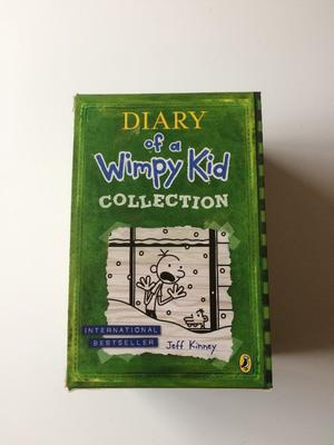 Diary of a Wimpy Kid - 7 Book Collection in Slip Case