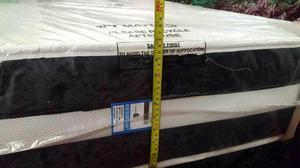 brand new Crush velvet 3ft single divan base & mattress (exc