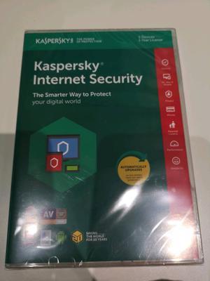Kaspersky Internet Security - 5 Devices