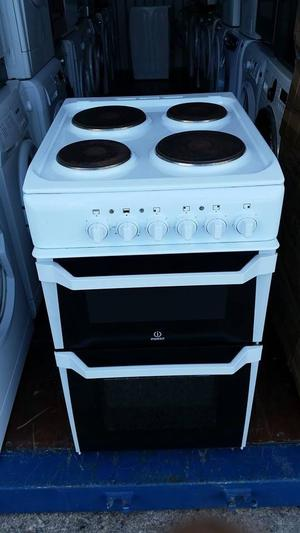 Indesit Electric Cooker - Free local delivery