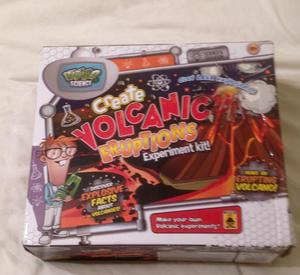 WEIRD SCIENCE CREATE VOLCANIC ERUPTIONS EXPERIMENT KIT. CONTENTS UNUSED.