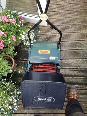 Webb hand push mower