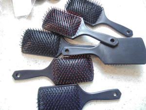 Job lot Harlequin Mane & Tail Paddle Brush-Pack of 5 P+P £3