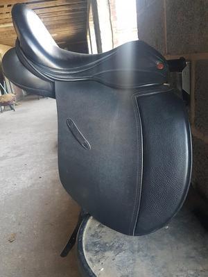 Saddle company Cob dressage saddle