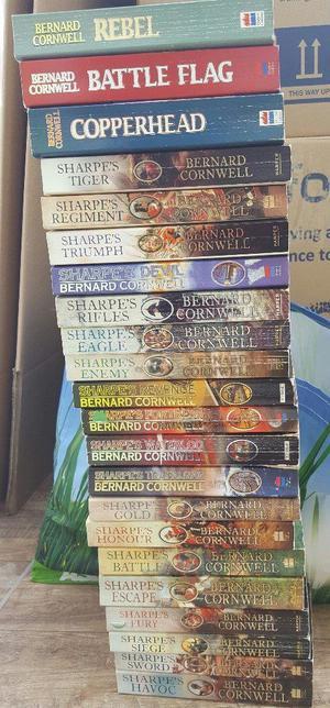 BOOK LOT - STEPHEN KING (19) BERNARD CORWALL SHARP'S (19) VARIOUS OTHERS