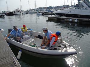 Terhi  Boat for sale Yamaha 4 stroke 30hp electric start power tilt outboard Y-cop security