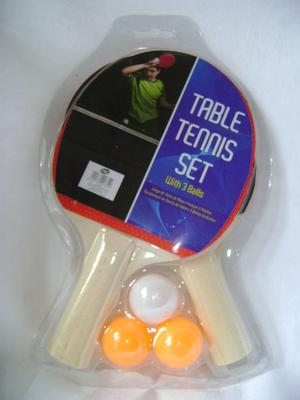 NEW TABLE TENNIS SET WITH 2 BLACK AND RED PADDLES BATS AND 3