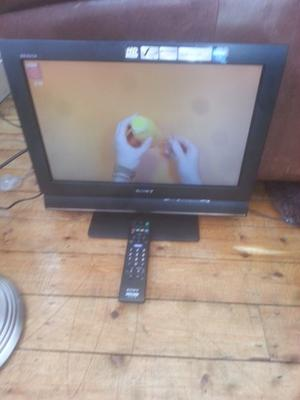 "for sale sony 19"" hd lcd widescreen tv with freeview and remote £25"