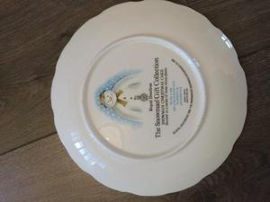 Royal Doulton Bone China Snowman Christmas Cake Plate