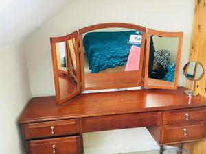 URGENT: LARGE DRESSING MIRROR AND DRESSING TABLE for sale