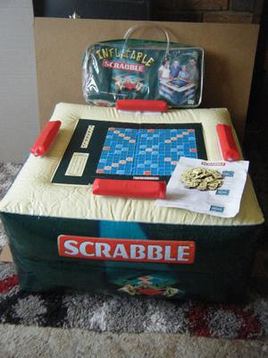 "Giant ""INFLATABLE SCRABBLE"".By Mattel Games . Excellent and complete."
