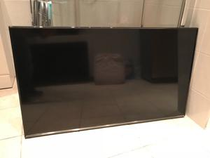 "Samsung 48"" full hd smart led tv. Excellent condition.(NO STAND) £290 NO OFFERS. CAN DELIVER"