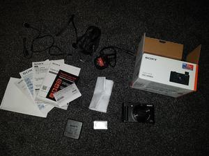 Sony DSC-HX90V + Accessories