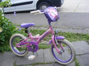 """GIRLS 16"""" WHEEL BIKE WITH FITTED BAG IN GOOD WORKING ORDER AGE 5+"""