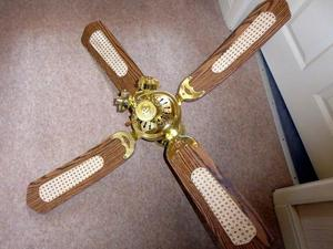 Micromark Ceiling Fan With 3 Light Fittings